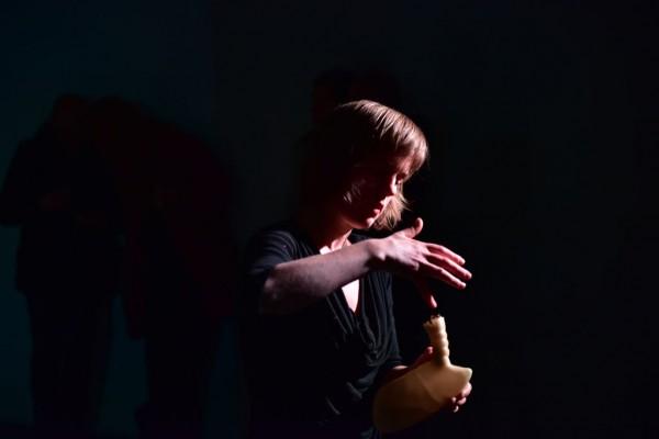 Pneuma, Performance P.S. Performance Art Festival Den Haag (NL), photo by Jacques Martens