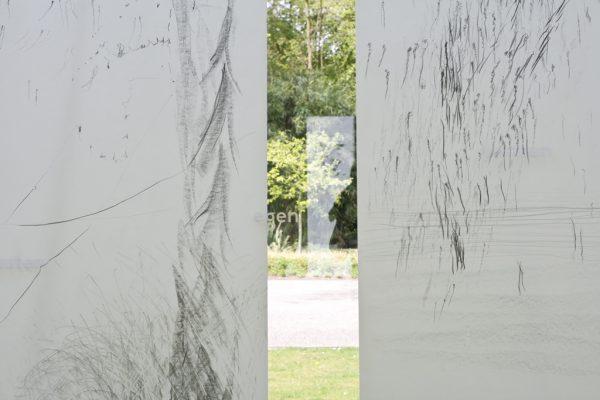 Pencil on calqueer paper, 2 x 60 x 220 cm, 2017