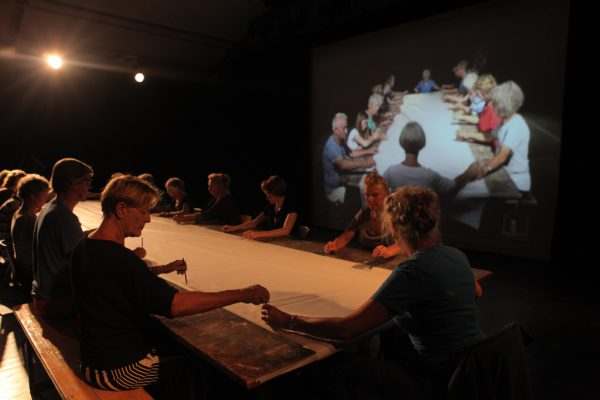 Ik geef je een lijn, Performance, duration 30 minuten, Buitenkunst Randmeer,2017, photo by Keke Keukelaar