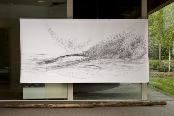 Performance echo I , graphite and oil pastel on paper, 320 x 150 cm, 2017